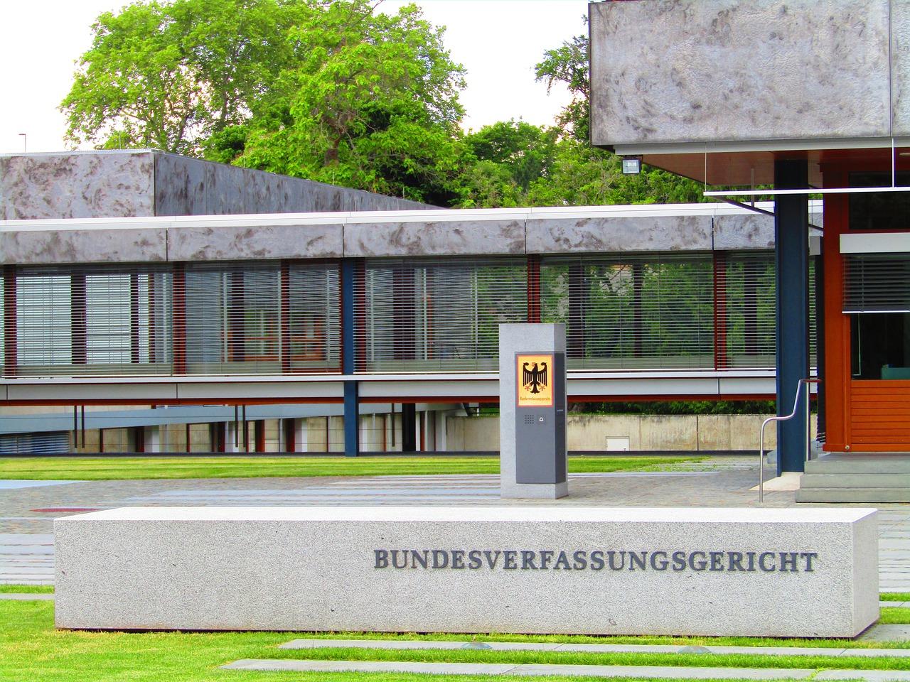 Cour de Karlsruhe, plan de relance, UE, euro, cour constitutionnelle, allemagne