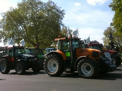Tracteurs, manifestation, paysans, agriculteurs, blacage, opération escargot
