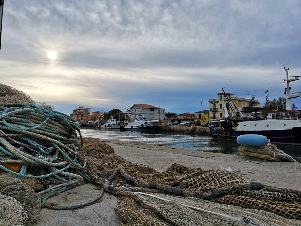 port,pêche,pêcheurs,bateaux,filets,accords de pêche,brexit,UE,Unioneuropéenne,France,Royaume-Uni,Frexit